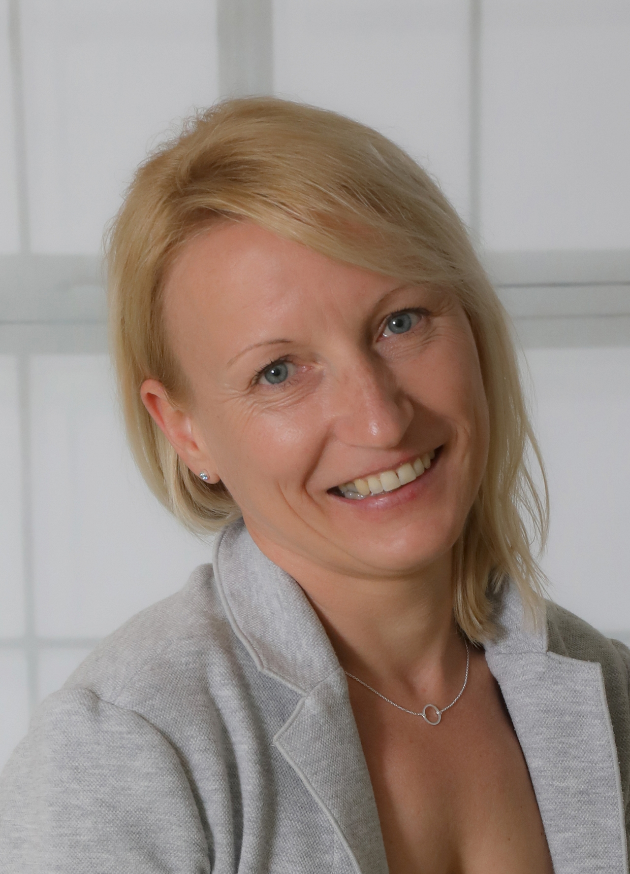 Daniela Ecker